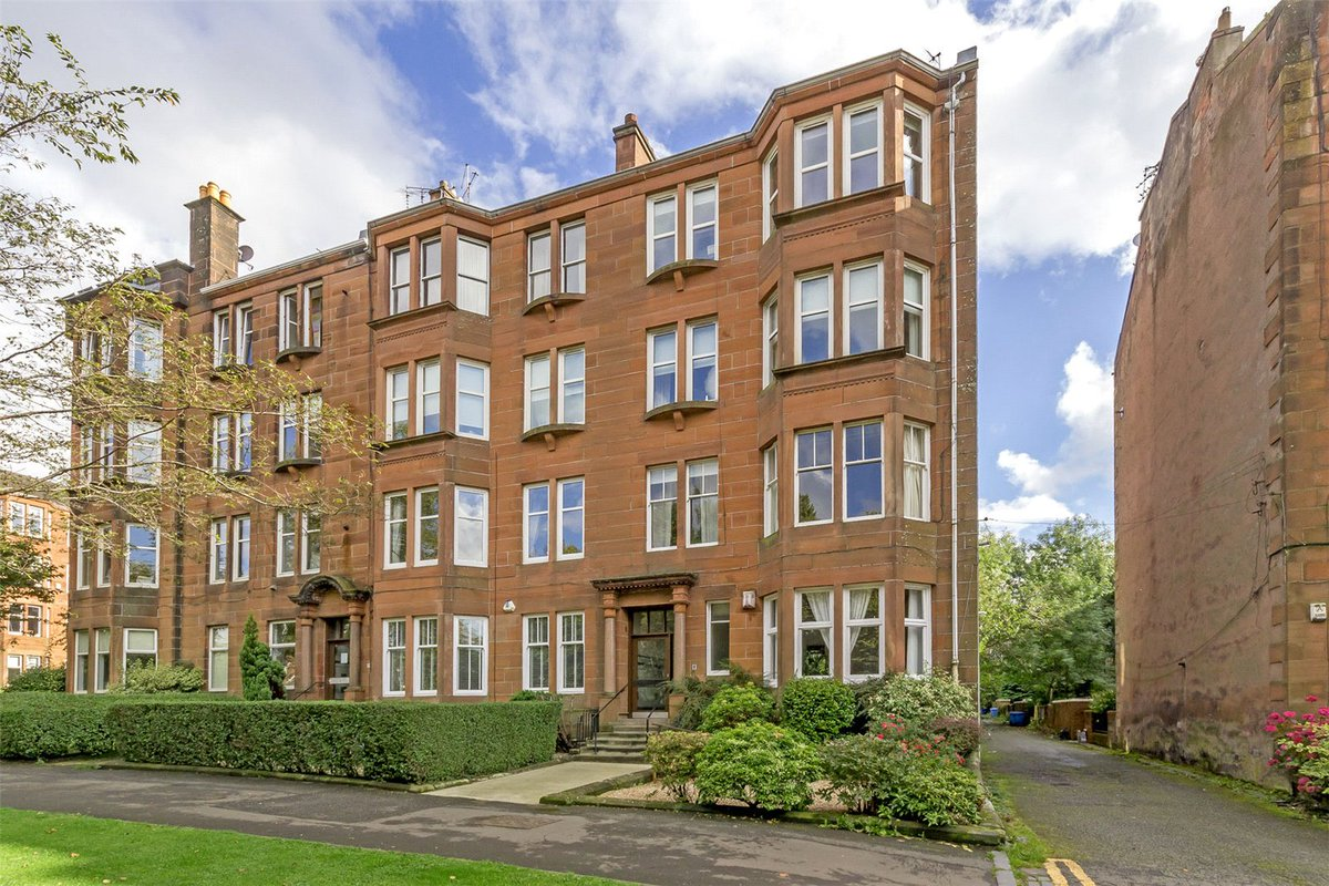 Flat 1/2, 8 Woodcroft Avenue, Broomhill - Offers over £185,000 @AC_Glasgow #Glasgow #GlasgowNews #PropertyNews   https://www. acandco.com/property/detai ls/aacrps-GLB170255/Flat-1-2-Woodcroft-Avenue-Broomhill-Glasgow-G11-7HU &nbsp; … <br>http://pic.twitter.com/fMn81GDkan