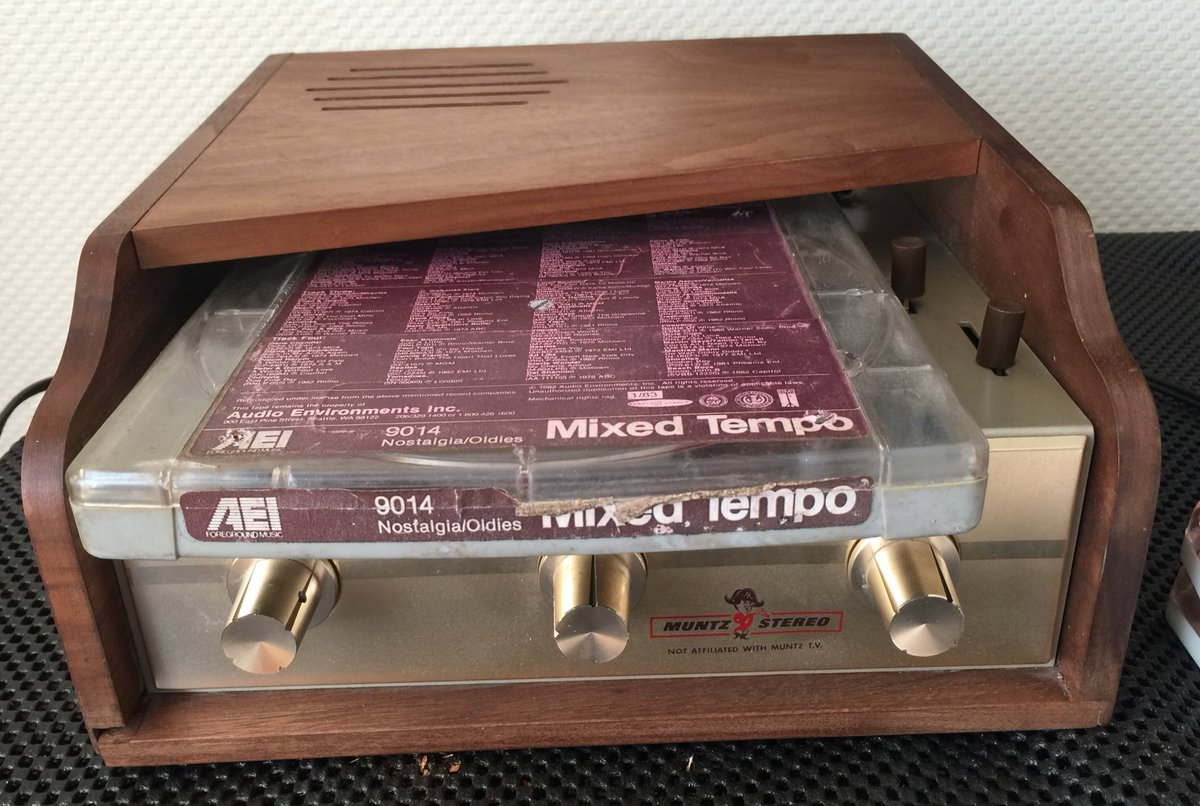 Todays retrotech pt 2 muntz player also plays all 3 sizes of old aei bgm backgroundmusic 4 track mono carts too pic twitter com 44ohhylz73