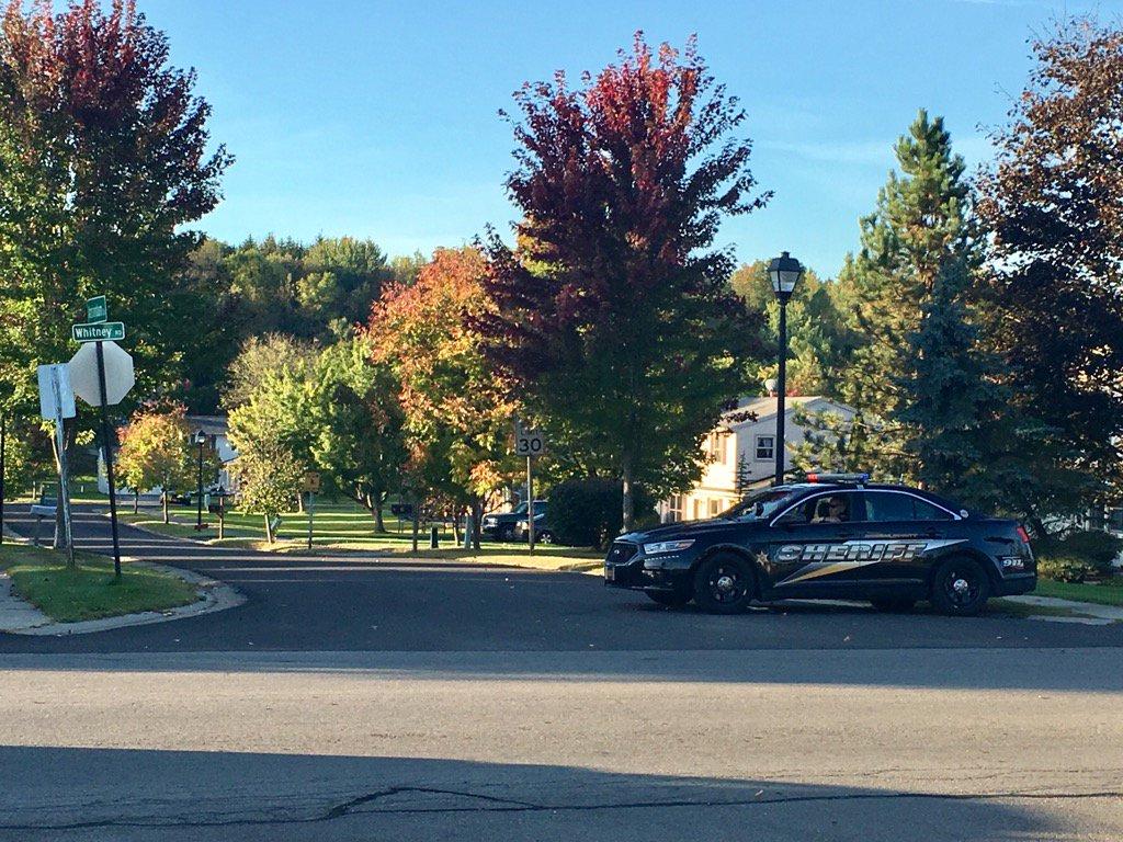 2 dead at 19 Williamsburg Dr in Fairport. Shooting. Police say not random. Neighbors not in danger. @13WHAM https://t.co/HELdMoIEvj