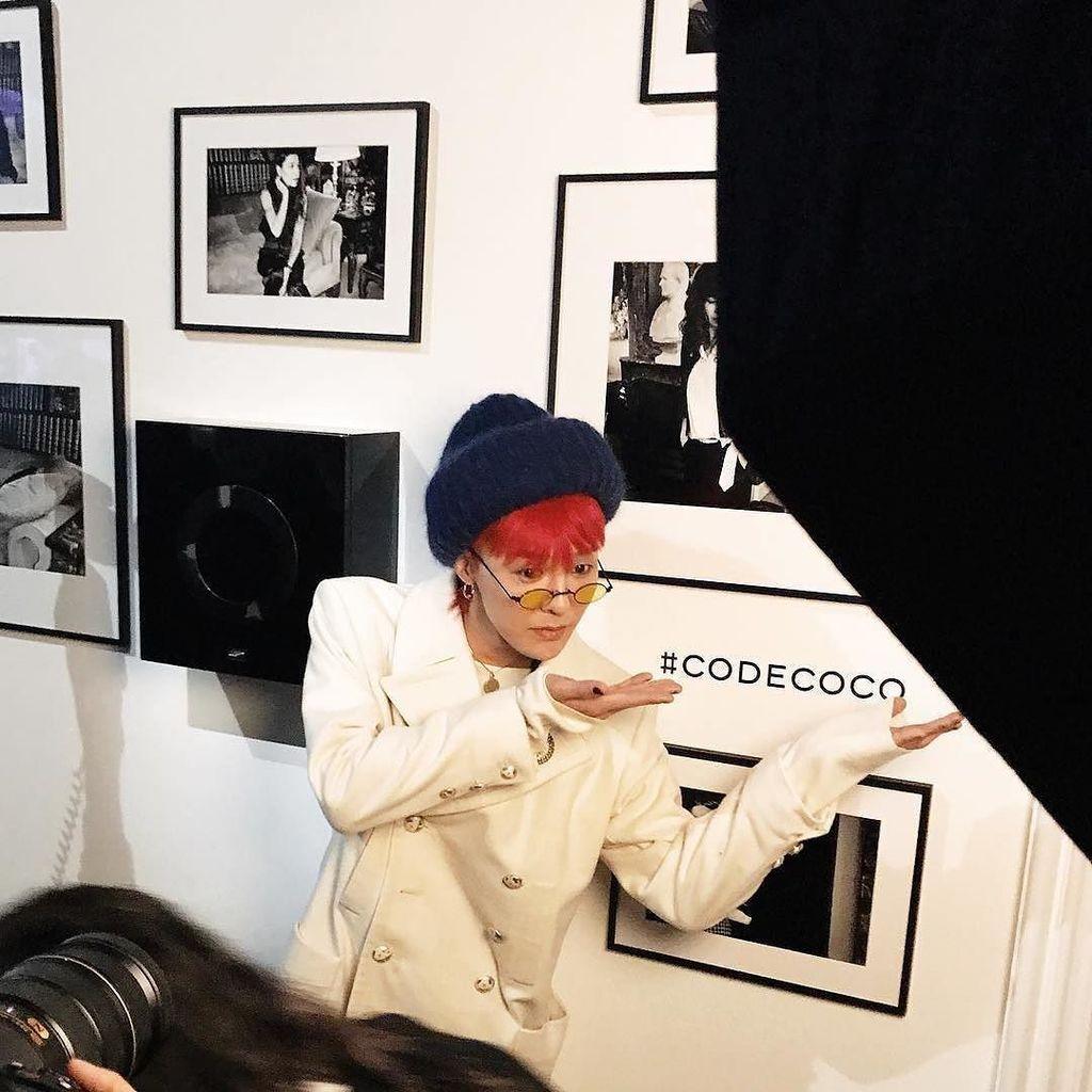 171003 📸tsingapore ・・・ In Paris, xxibgdrgnz attends the Chanel #codecoco party. . #tsingapore #gdragon #bigbang #c… http://ift.tt/2xUNhFg