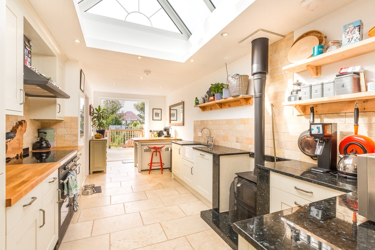 A Charming Guernsey Cottage Situated Within Few Moments Of The Beautiful Bay Bordeaux Livingroomestateagents