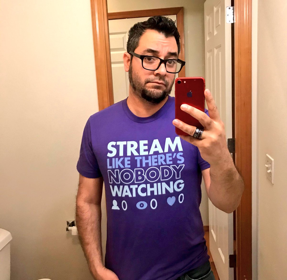 Finally got a shirt that represents my #Twitch channel perfectly. #SmallStreamer https://t.co/TkQ9vHQoqW