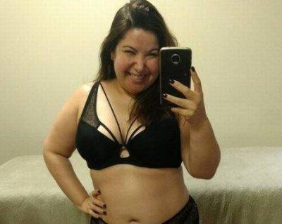 mariana xavier posta foto de calcinha e sutia e sem make dose de realidade d646035faee