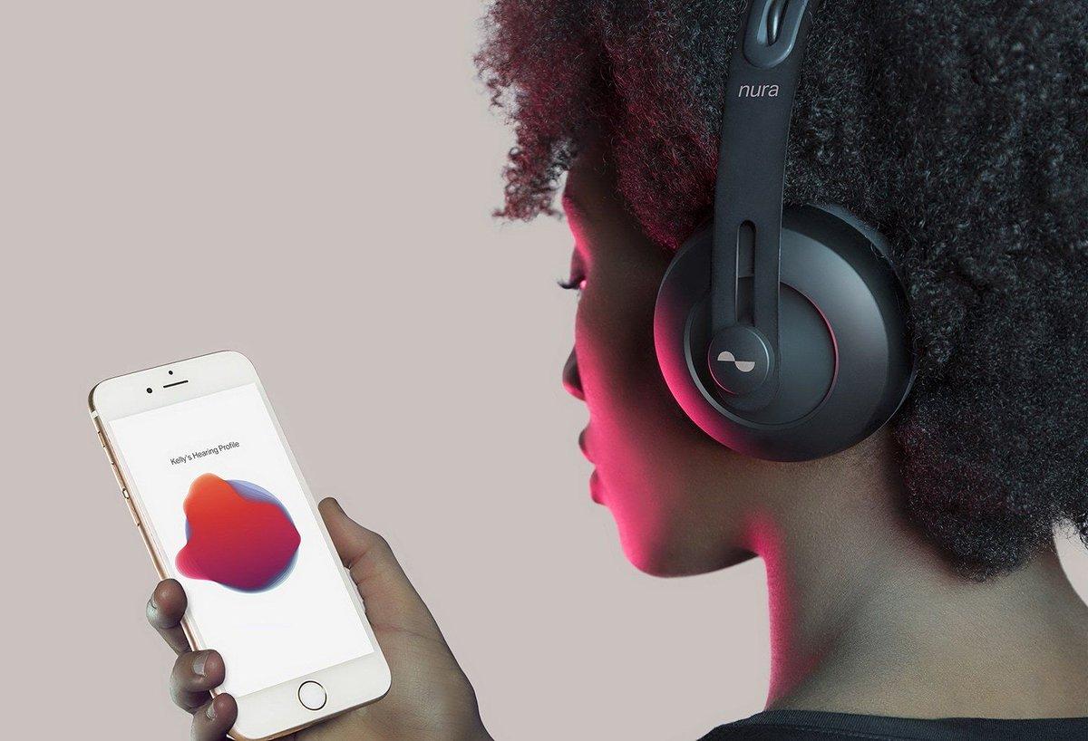 nuraphone,提供个性化听觉体验的耳机,根据每个人耳朵的不同声学特征,让耳机适应你的耳朵,399美元 // nuraphone - Hear every note. Feel every beat. https://t.co/aQwUx3exAc https://t.co/GMeKsl6WVL 1