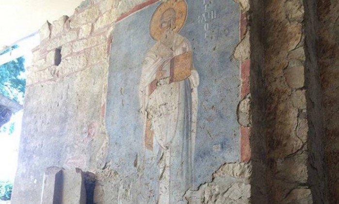 Arqueólogos acreditam que corpo de São Nicolau ainda esteja na Turquia https://t.co/tSLDC5xald
