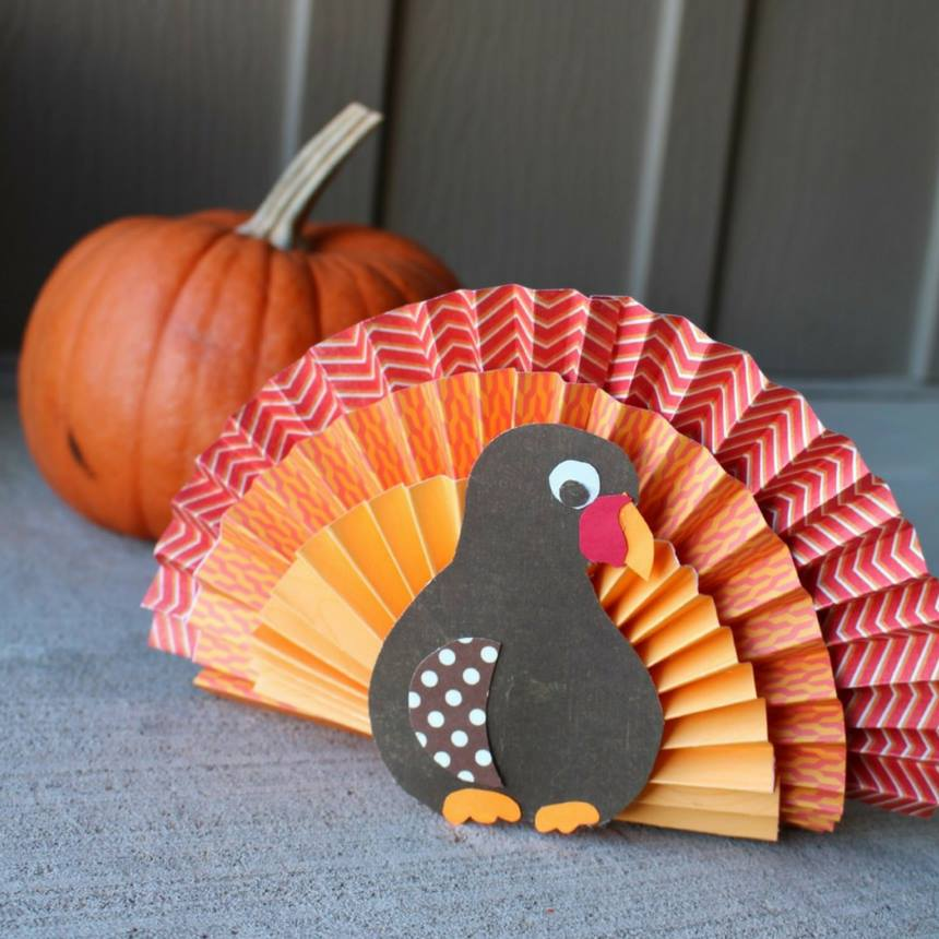 Easy and Quick Thanksgiving Crafts #Craftsforkids #Thanksgivingcrafts #ThanksgivingCraftsforkids  http:// bit.ly/2fMnOG9    <br>http://pic.twitter.com/4WNQbg6aC3