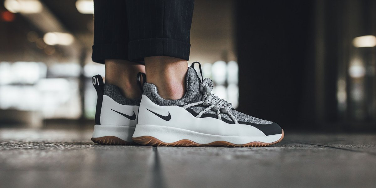 f5fa728767f7 ONLINE NOW! Nike Wmns City Loop - Summit White Anthracite-Cool Grey SHOP  HERE  http   bit.ly 2xIbEb6 pic.twitter.com tpSmPW08LS