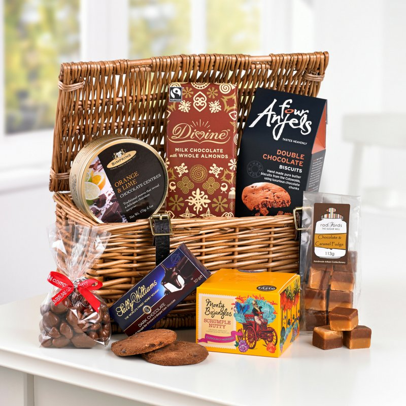 It's National #Chocolate Week! RT & follow for a chance to #win our Chocolicious Hamper! Ends midnight, Ts&Cs apply. https://t.co/EPtKyFuXh3