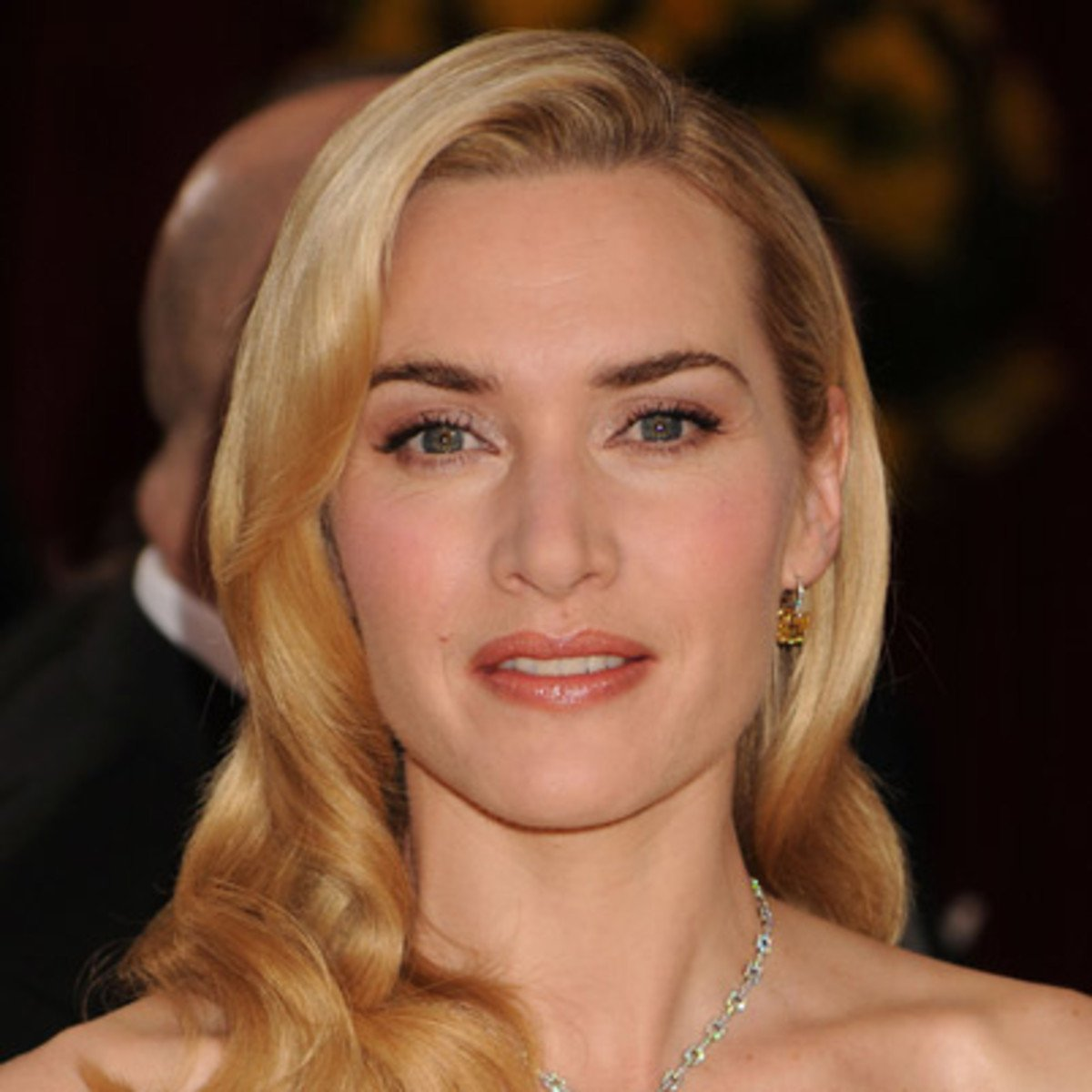 Kate Winslet                  42 Happy Birthday ..