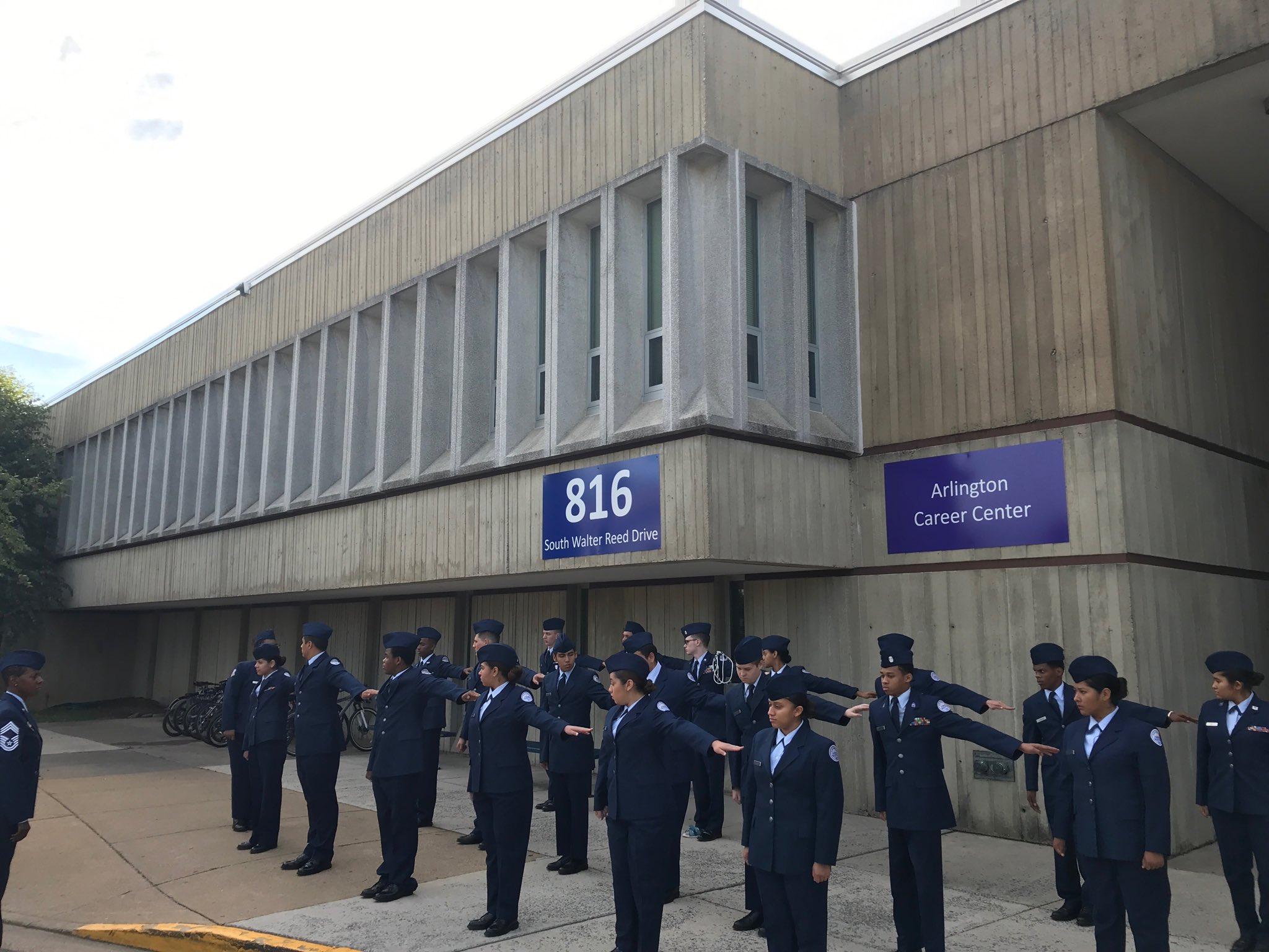 Arlington Career Center >> Aps Career Center On Twitter 0800 Class Inspection Time