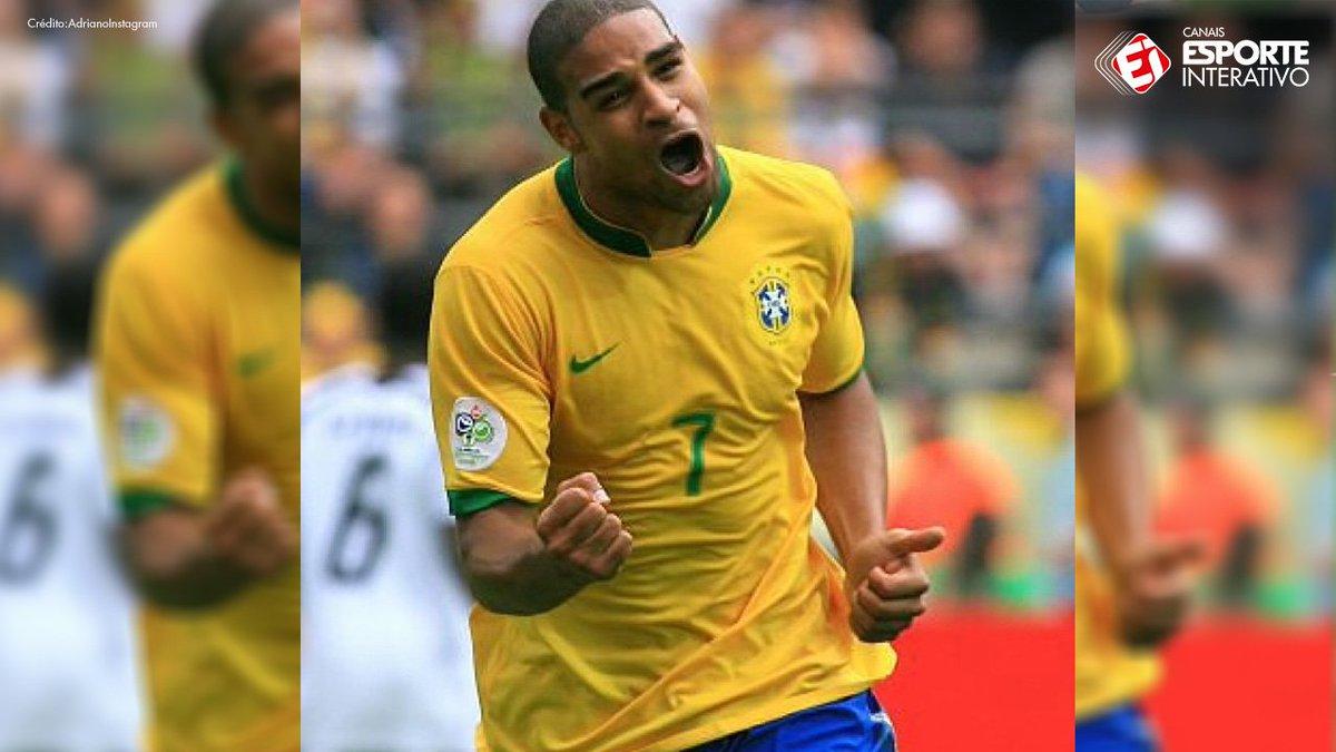 A seleção tem vários craques mas um não sai da memória de todo brasileiro!