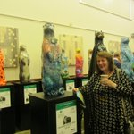 £5,300 at @moorotters Charity Auction raised by Academician Ann L. Roe (Jones)'s Otter: Elementary, My Dear Otter