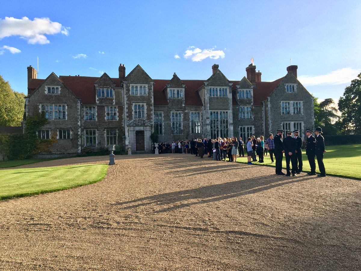 RT @DCCStephens Wonderful setting at @LoseleyPark for tonight's @SurreyPolice Independent Patrol Ceremony