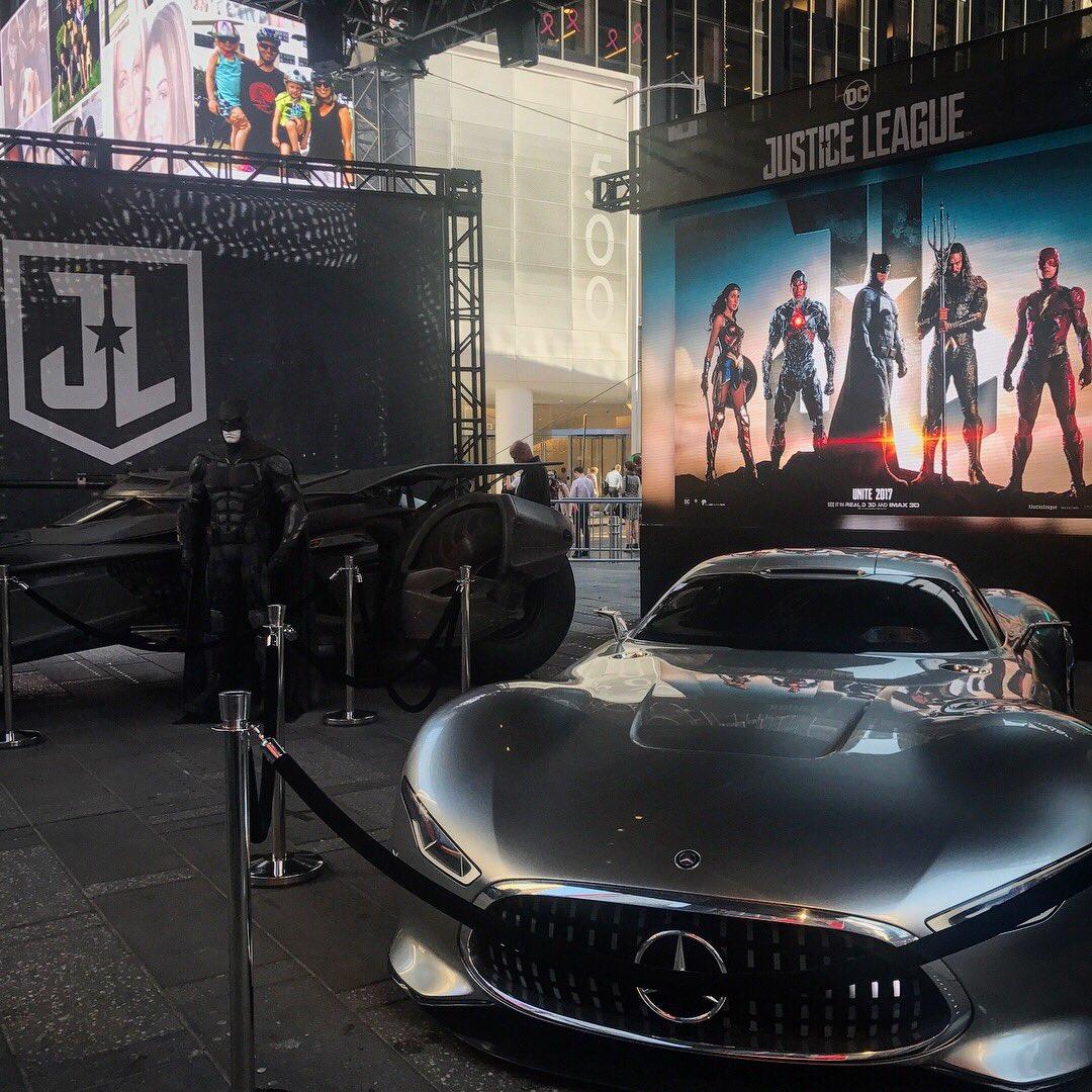 Justice league movie justiceleaguewb twitter for Justice league mercedes benz