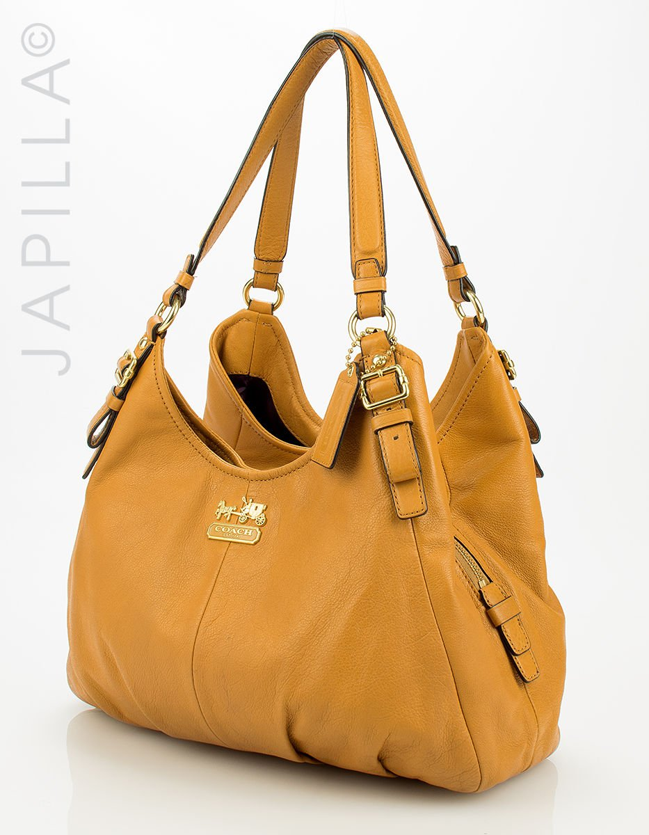 56857fa6d722 Japilla handbags on Twitter