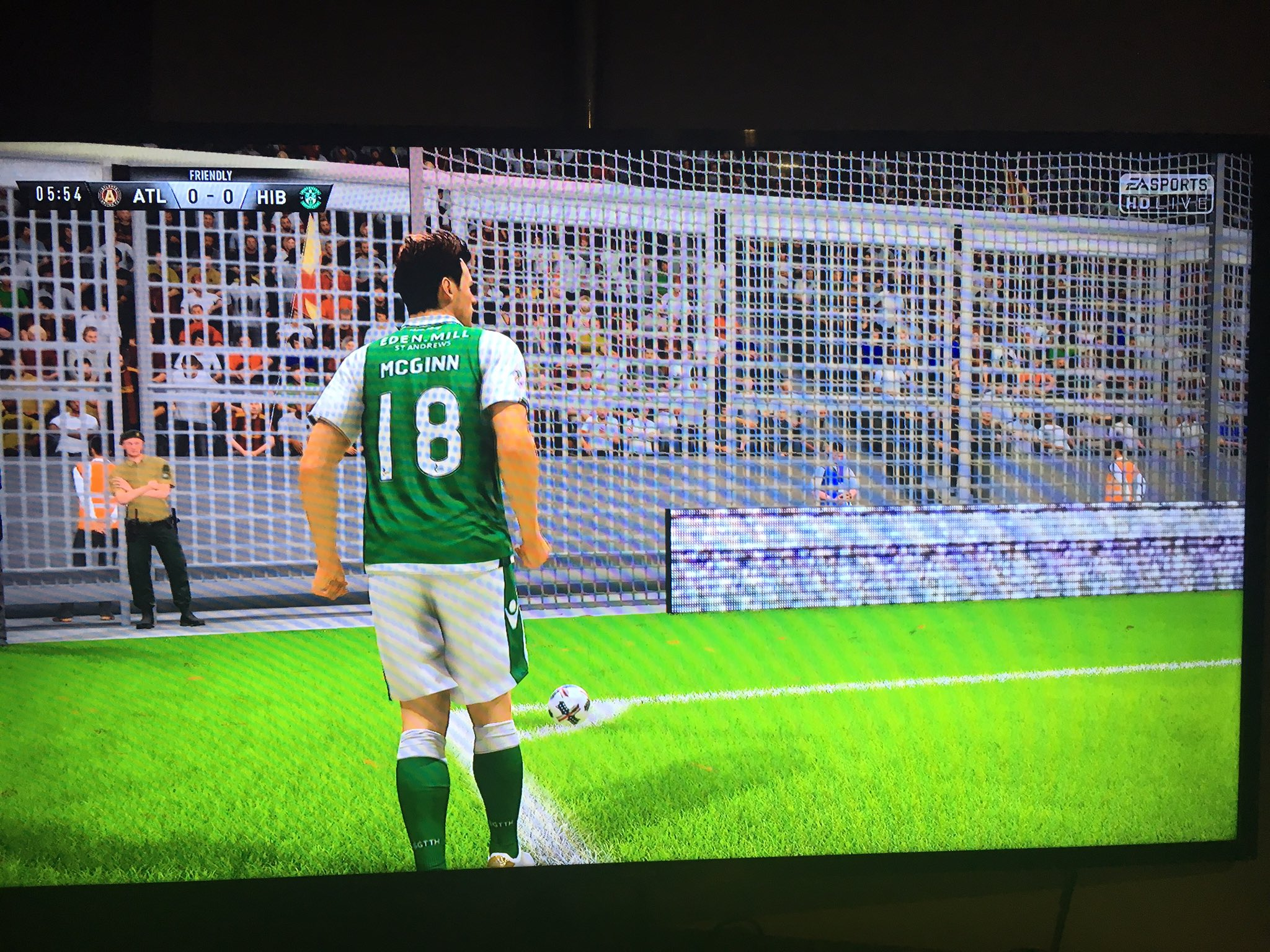 RT @EdenMill: Amazing to see our Hibs shirt sponsorship on #FIFA18!! ⚽️ @EASPORTS @EASPORTSFIFA @HibsOfficial https://t.co/ETVoVecTRU