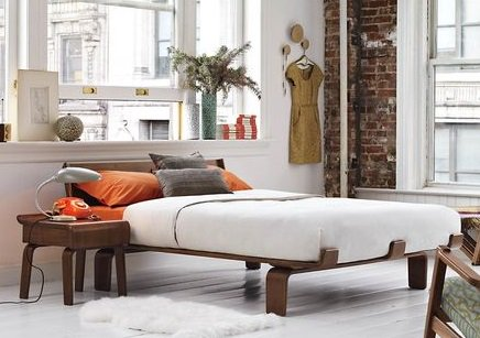 MODERNICA Case Study V Leg Daybed Couch Case Study   Outdoor Daybed