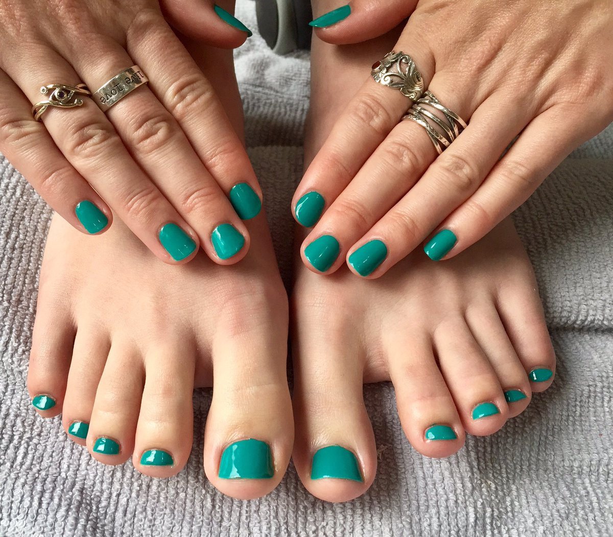How Do You Get Gel Nail Polish Off Your Toes – Papillon Day Spa