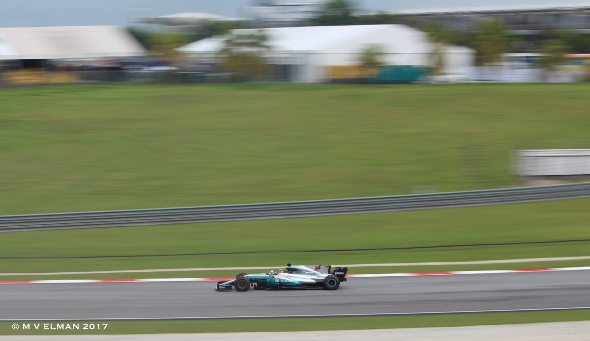 Some leftover action from #MalaysianGP of @MercedesAMGF1 #F1nale<br>http://pic.twitter.com/mMZrjozgCq