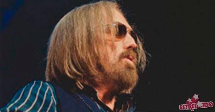 Após autópsia, causa da morte de Tom Petty permanece desconhecida https://t.co/DT2ESK3r6N