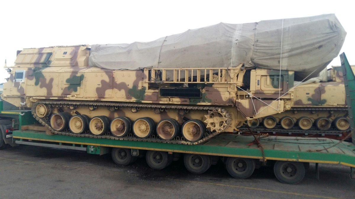 مصر تستلم اول منظومه S-300VM Antey-2500   الروسيه للدفاع الجوي بعيد المدى  DLb7LYMW4AEty4j
