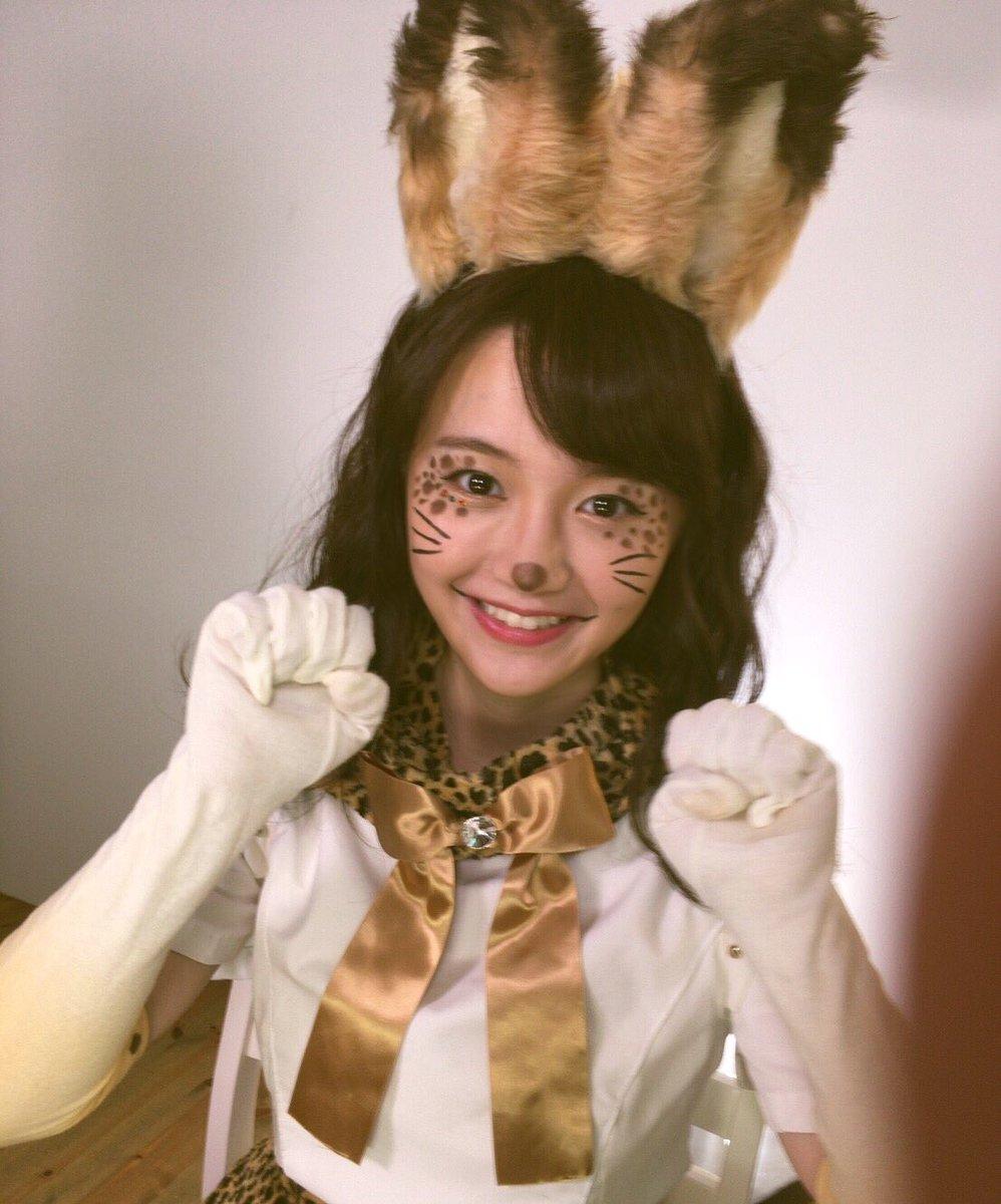 今年は、サーバル仮装で🐱  『がおーお菓子くれないと食べちゃうぞー👻✨』  で決まりだね♪♪  #KATE #ハロウィンメイク  #けものフレンズ