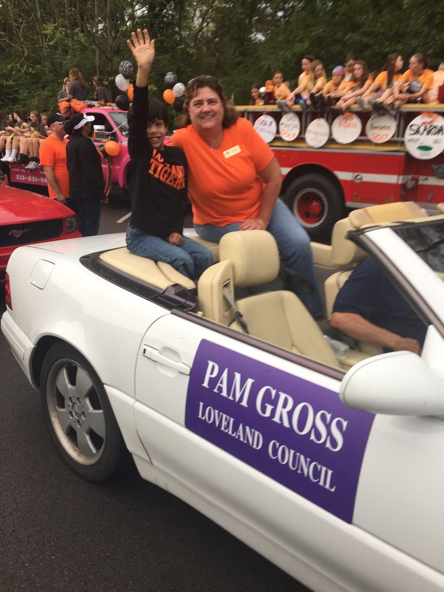 Pamela Gross On Twitter Loveland 2nd Grader Theodore Enjoying The Homecoming Parade Prouder Stronger Better