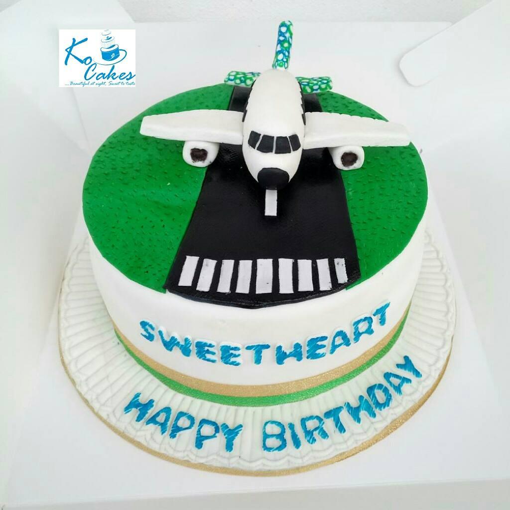 Astonishing Konyenum Cake Queen On Twitter Aeroplane Runway Cake By Ko Funny Birthday Cards Online Inifofree Goldxyz
