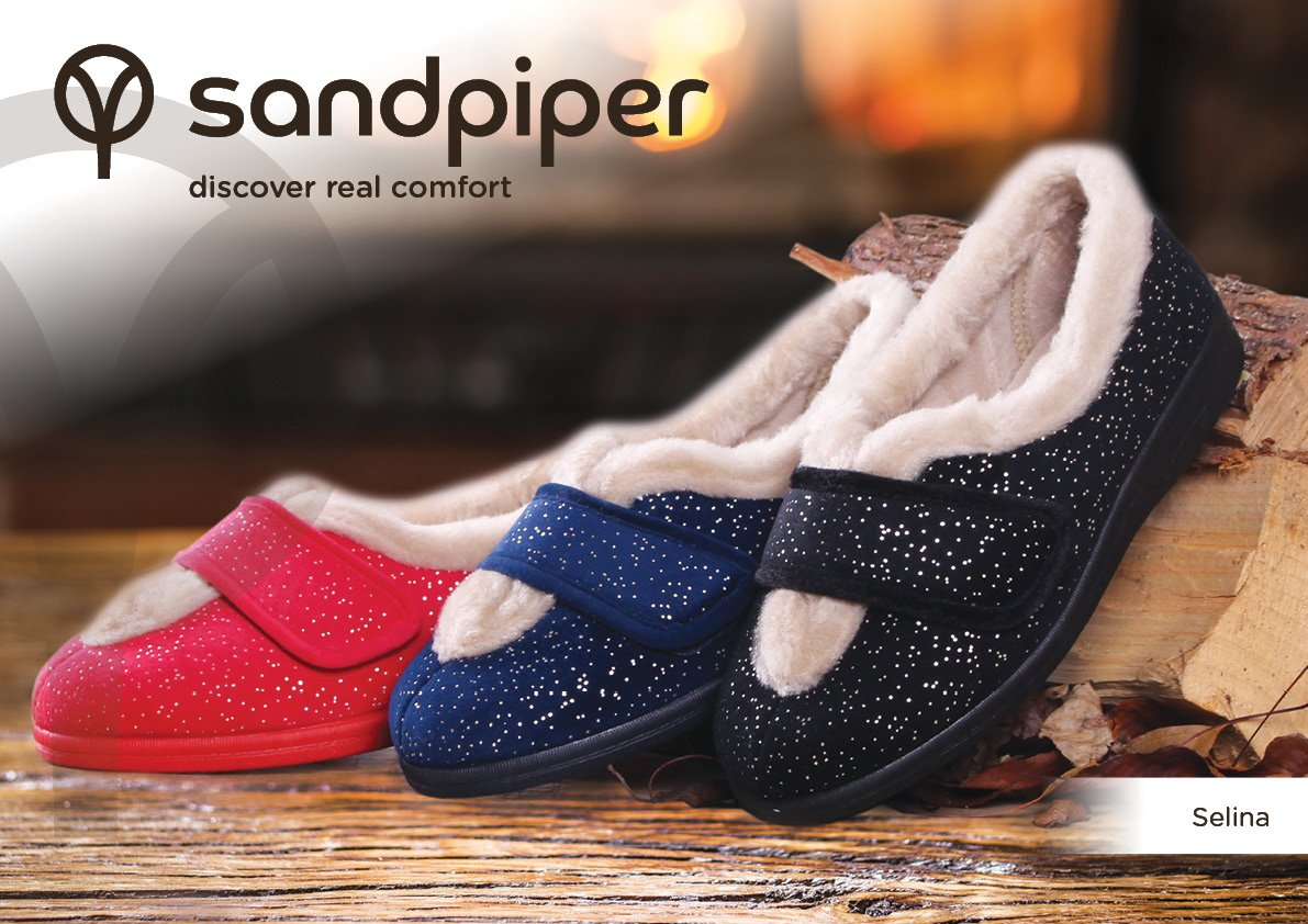 AUTUMN 2017! Selina Ladies Extra Wide Slippers (4E-6E) #extrawide #comfort #podiatry #quality #adjustable #sparkle  https://www. sandpipershoes.com/medical-condit ion/diabetes/slippers-for-diabetics/selina-ladies-slipper.html#maincontent &nbsp; … <br>http://pic.twitter.com/7E5x435jld