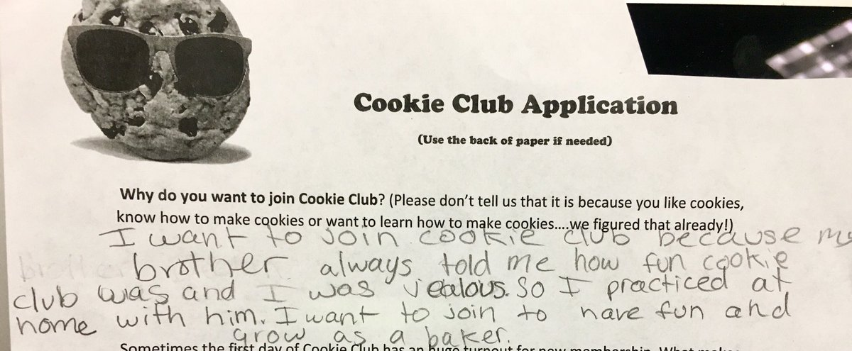Awwww Cookie club is generational! <a target='_blank' href='http://search.twitter.com/search?q=brobaker'><a target='_blank' href='https://twitter.com/hashtag/brobaker?src=hash'>#brobaker</a></a> <a target='_blank' href='http://search.twitter.com/search?q=sisfollower'><a target='_blank' href='https://twitter.com/hashtag/sisfollower?src=hash'>#sisfollower</a></a> <a target='_blank' href='https://t.co/B1DpvkQVCp'>https://t.co/B1DpvkQVCp</a>