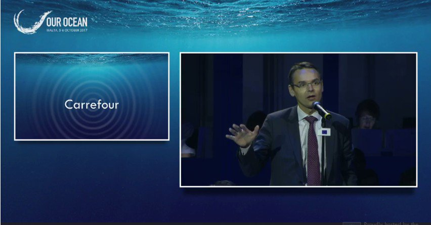 #OurOcean | #Carrefour's target is to sell 50% percent of fish from #Sustainable sources before 2020 #Environment @Swiderski_B @WWf<br>http://pic.twitter.com/AUIRM9BZfr