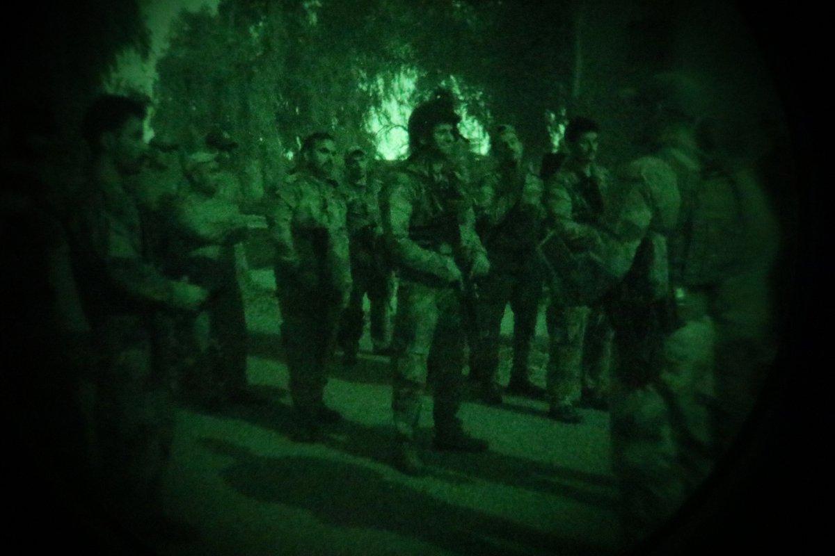 العبادي يحقق نجاحاً في باريس بتسريع العمل في تسليح القوّات العراقية DLdFAahWkAAHB6K