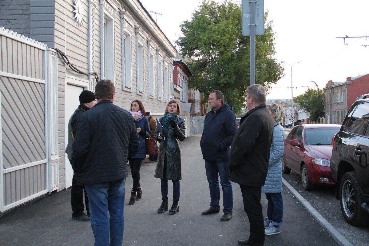 Pedestrian Dynamics Feedback Control of Crowd Evacuation Understanding