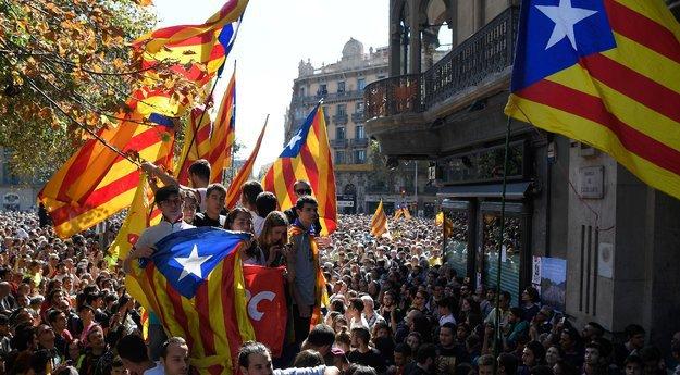 Референдум завёл в тупик: Сможет ли Европа разрулить ситуацию в Каталонии и Испании?