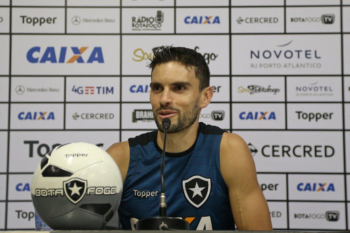 Roger é operado do rim com sucesso no Rio de Janeiro