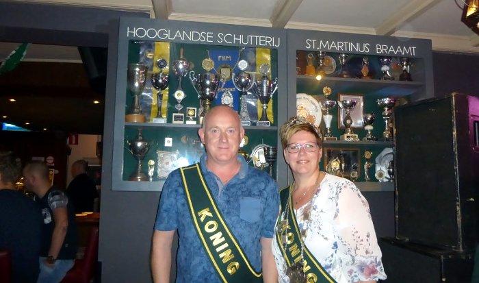 Colinda Keurntjes #schutterskoningin St. Martinus Braamt http://www.huubkroniek.nl/kring-montferland/802-colinda-keurntjes-schutterskoningin-st-martinus-braamt… #Hooglandse #Schutterij #StMartinus #Braamt