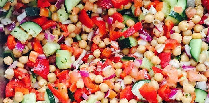Check out how Michelle Hyman, RD from the New York Harbor VA, turns a salad into a complete meal! https://t.co/qNrpWoVuXF #VANutrition