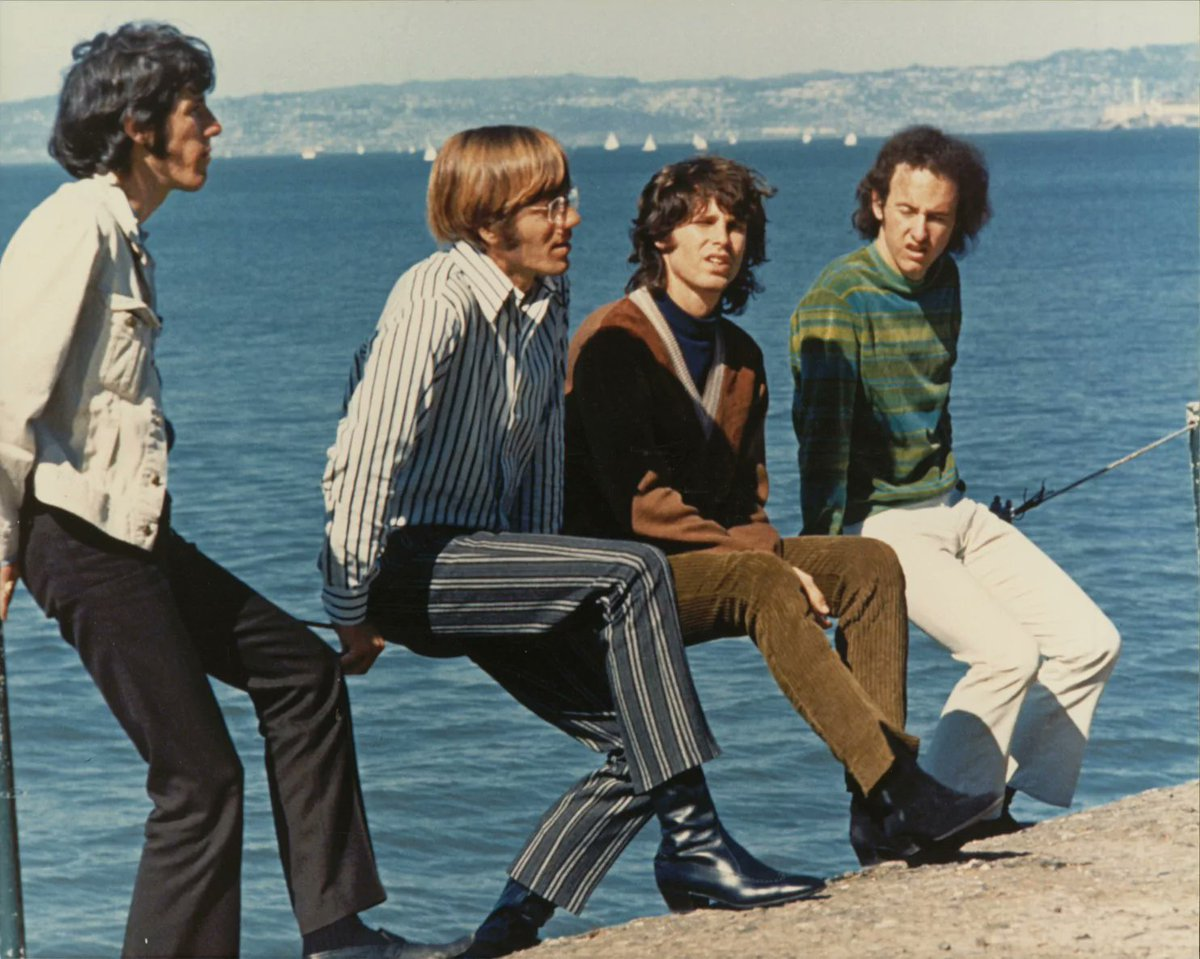 the biography and history of the doors band Keyboardist for the doors ray manzarek was the architect of the doors' intoxicating keyboard sound manzarek's evocative playing fused rock, jazz, blues, bossa nova and an array of other styles into something utterly, dazzlingly new.