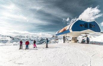 Astún muestra su descontento por haber quedado fuera de Ski Pirineos  ➡️https://t.co/23T4bqi5Yi