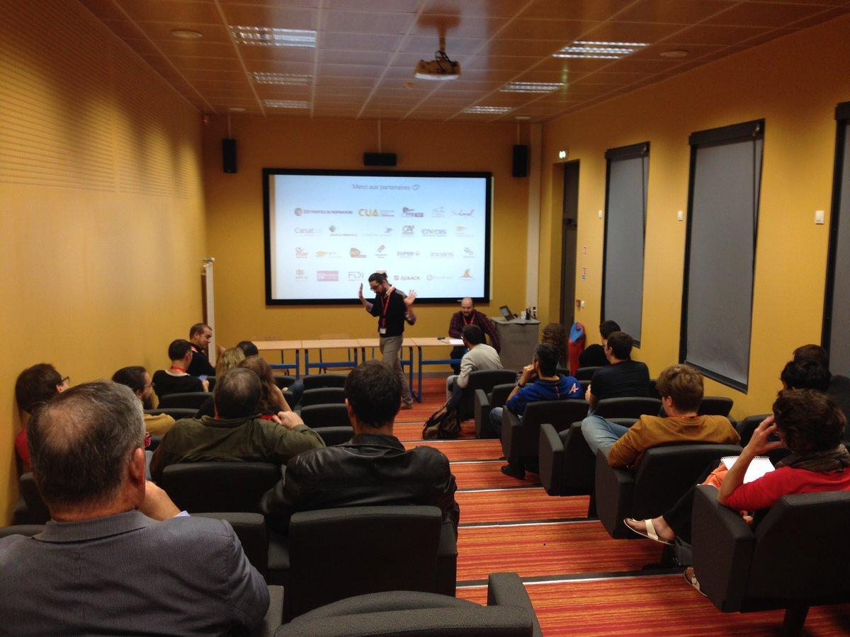 #Hackathon61 #Alençon #HabitatConnecte : briefing des participants ! @CCIPDN @SoLocalGroup @TECH_SAP #domotique <br>http://pic.twitter.com/2QDHVzvard