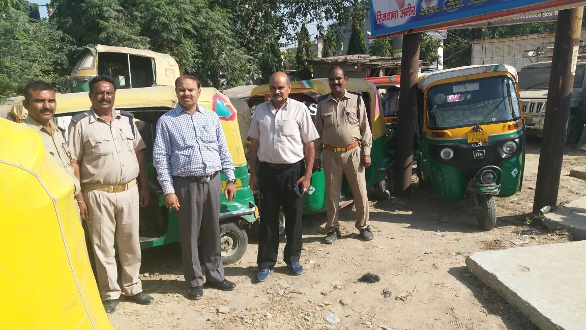 """DM Ghaziabad on Twitter: """"Today 46 illegal Auto Rickshaws have been seized  by ARTOs in Loni, Kavinagar & Sihanigate police stations.… """""""