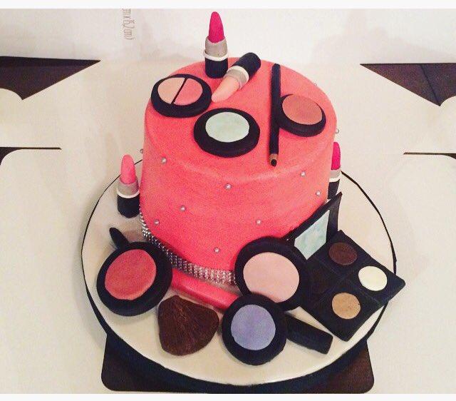 Makeup Cake Birthday Cakes Cakedecorating Caketoppers Ilovebaking Homebaker Imabaker Letmebakethat Pinkpic Twitter Luxyqzgrxw