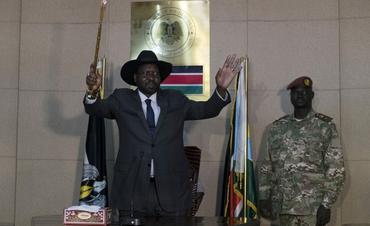 South Sudan: President Kiir Seeks Better Working Relationship With UN Troops #south #sudan #president #seeks…  http:// dlvr.it/PszQ2P  &nbsp;  <br>http://pic.twitter.com/lcRFm9sxsd