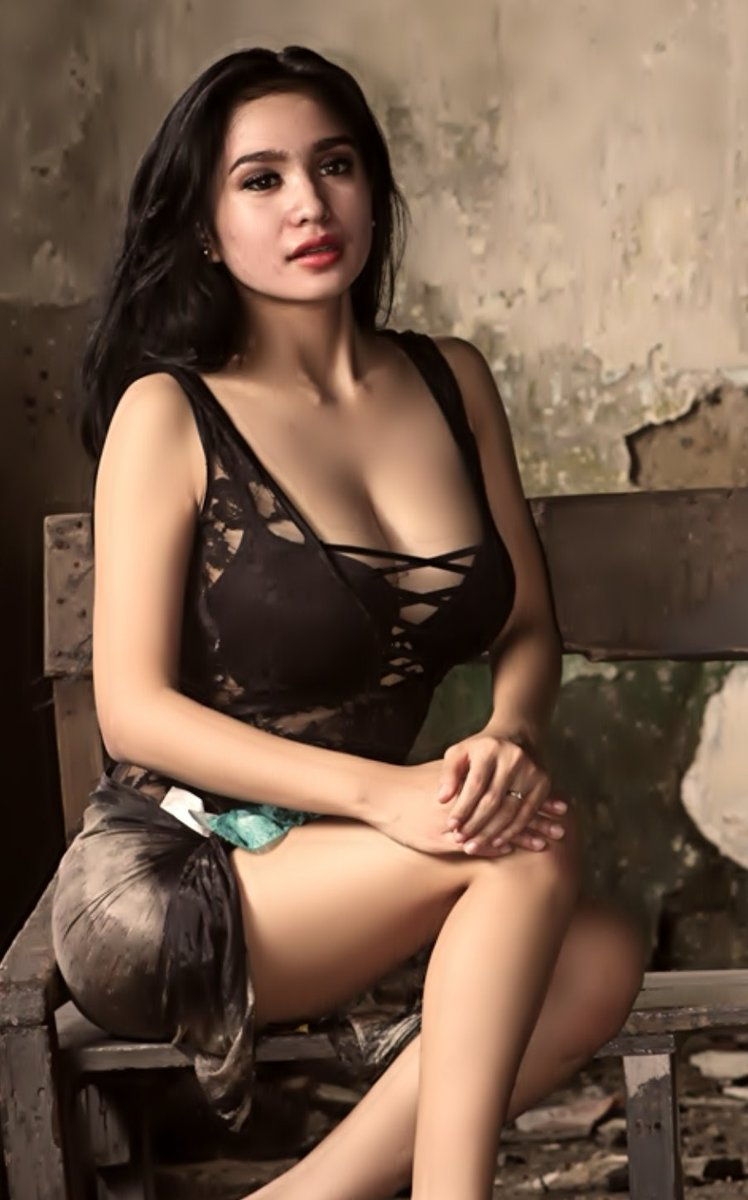 Photo of indo hot artist, big cock fucking blow up doll