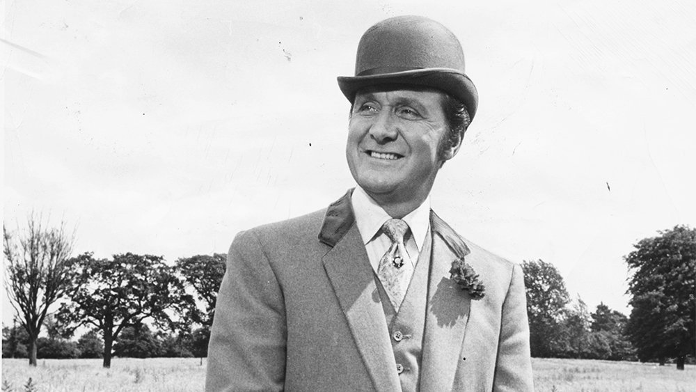 One of the greatest British shows, The Avengers, staring #PatrickMacnee and #DianaRigg .. I loved this show... @DianaRiggHQ @Classicbritcom<br>http://pic.twitter.com/fLsBFww3WK