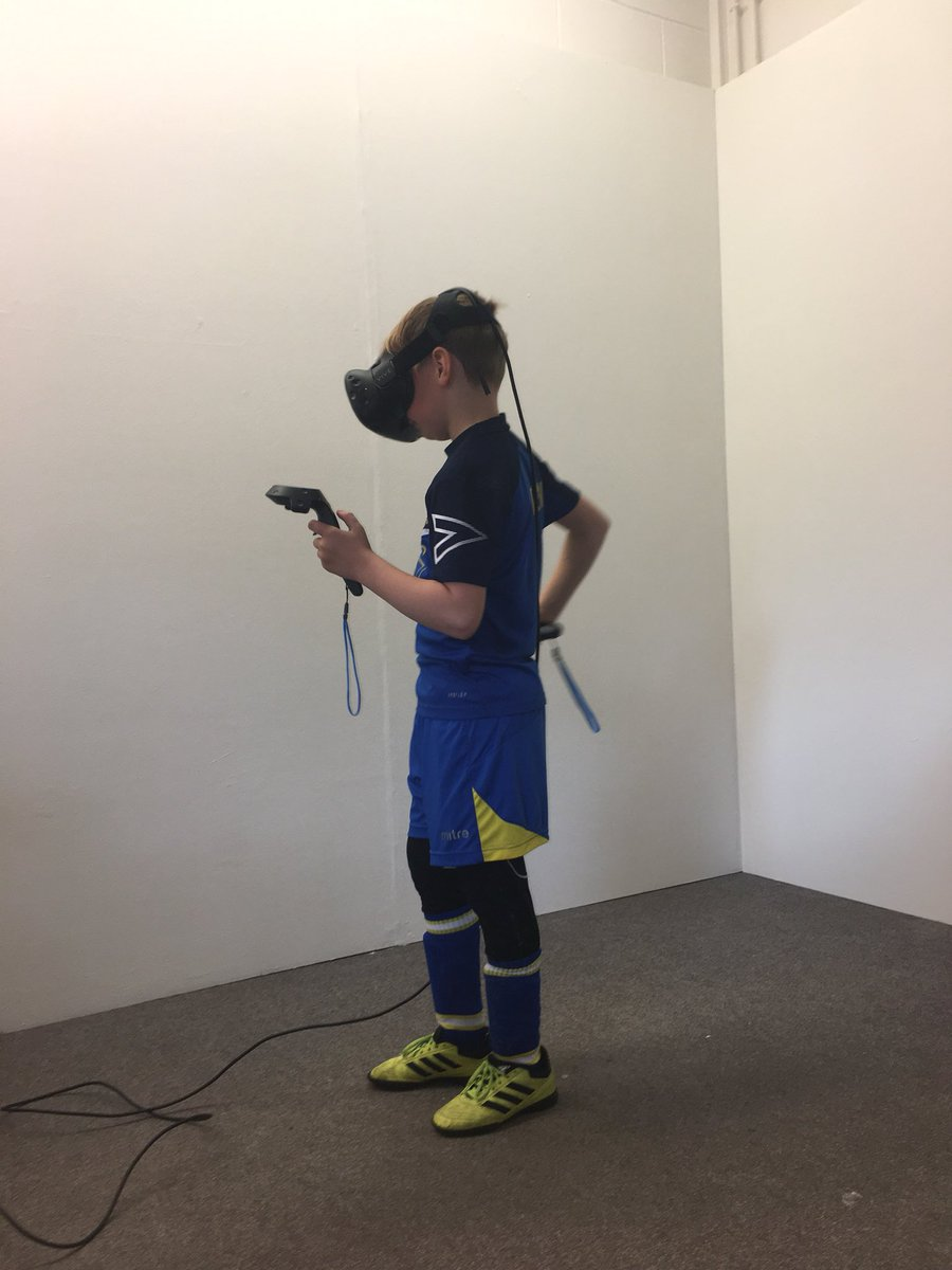 Open Day @GraphicsCSofA kids loving the #HTCVive @htcvive #FutureStudents #Technology @SedgwickKarl #OpenDay<br>http://pic.twitter.com/lvSYOz8mSV