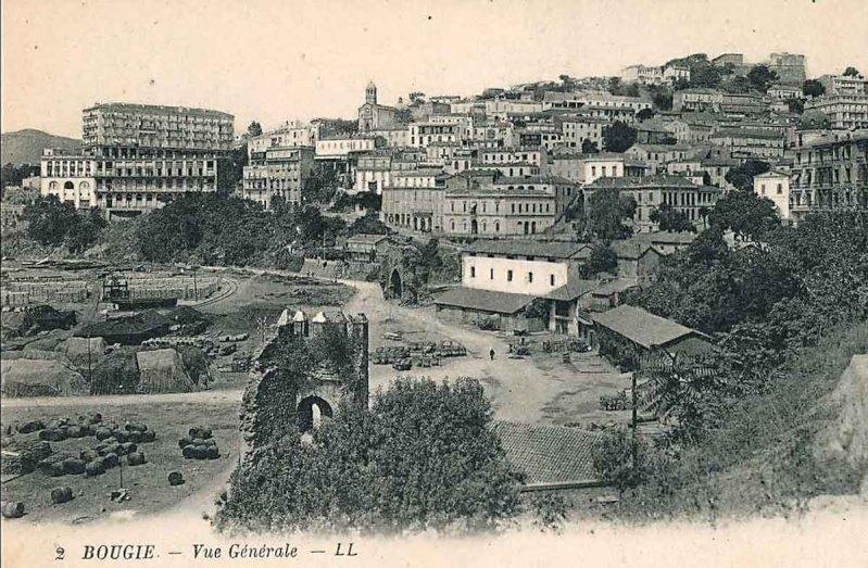 Anciennes cartes postales de la ville de Bgayet (ⴱⴳⴰⵢⴻⵜ), #Kabylie. <br>http://pic.twitter.com/jKbas5Zrdx