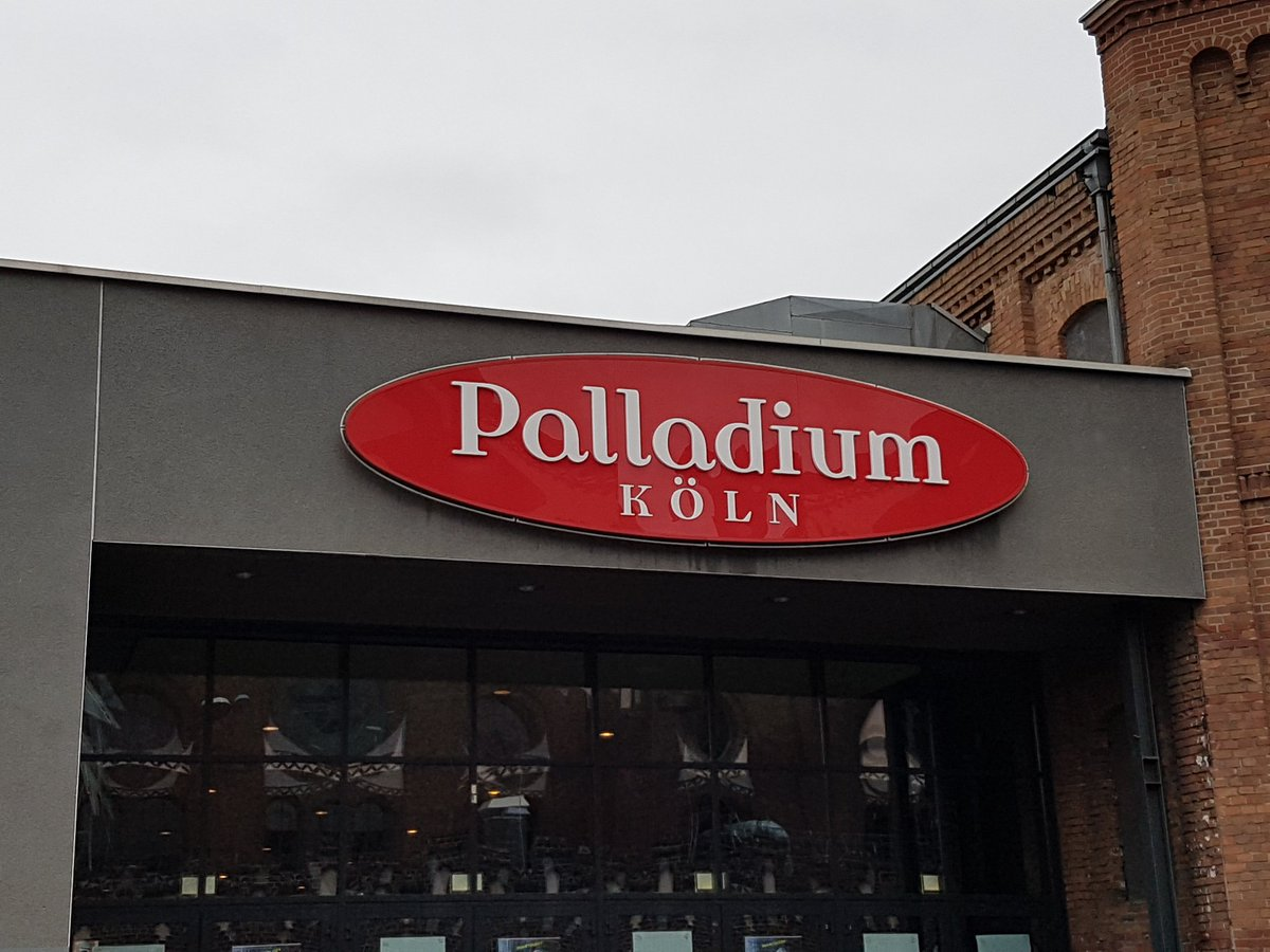 @Harry_Styles and @NiallOfficial  gonna play here  #palladium #köln #cologne #niall #harry <br>http://pic.twitter.com/YcTesTubcT