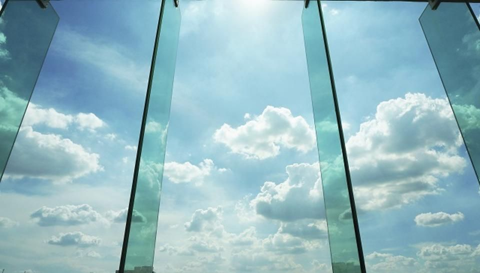 Will Companies Born In The #Cloud Become Trapped There?  https:// buff.ly/2y16029  &nbsp;   #fintech #insurtech #productivity #AI #IoT #business #tech<br>http://pic.twitter.com/8ErltBlpu4