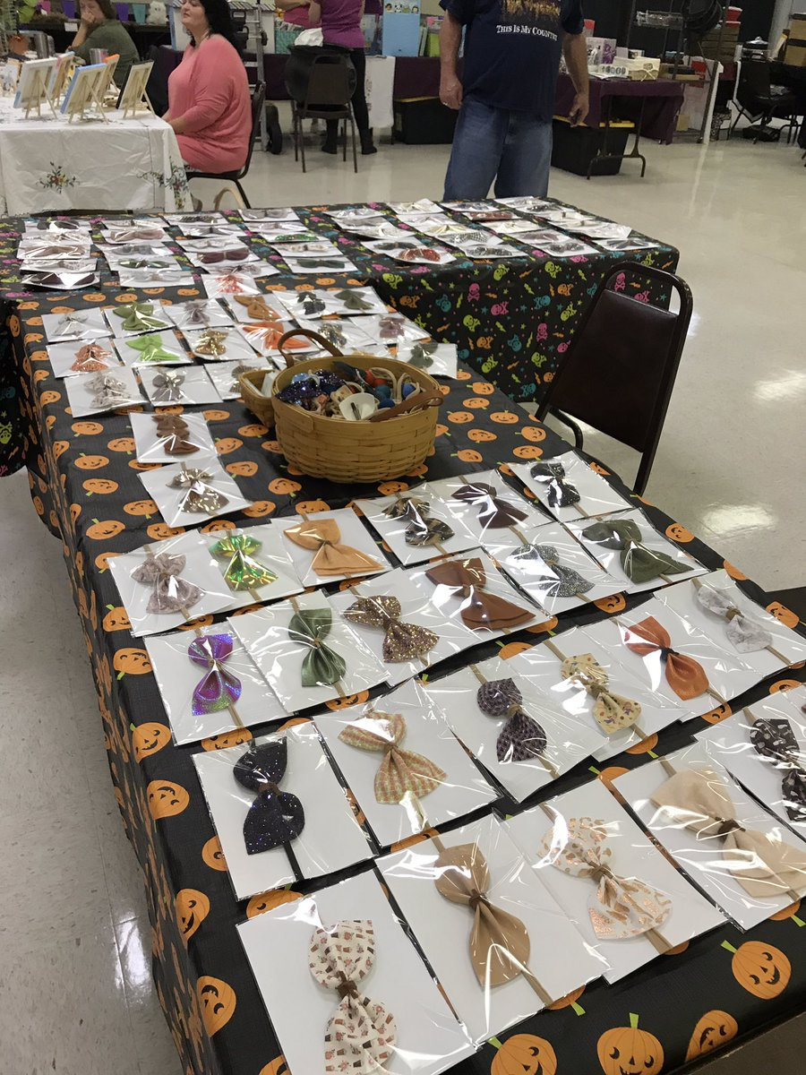 Come out today and support the Fredericksburg Eagles fall craft show until 2 PM https://t.co/NP22AEmhxf